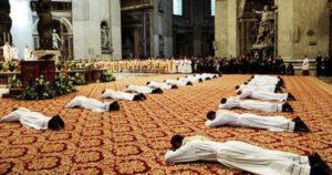 """ordinazioni San Pietro 300x158 - Ordinazioni presbiterali, Papa: """"Davanti agli occhi sempre il Buon Pastore"""""""