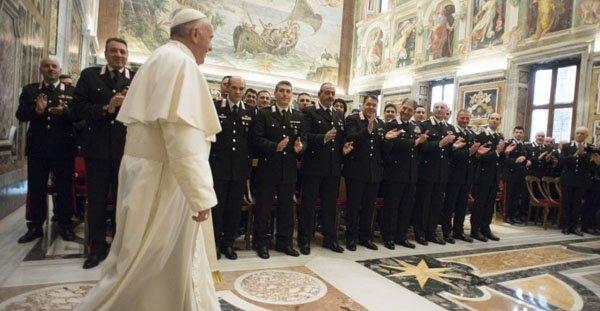 Papa Carabinieri