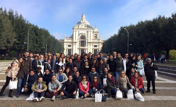 gruppo universitari 1 - RadioPiù, webradio per la diocesi di Roma