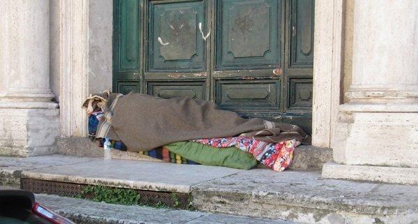 san giorgio, senzatetto