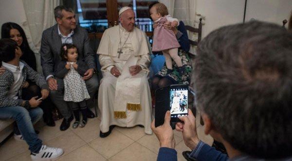 francesco-papa-ex-sacerdoti