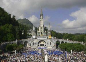 giornata mondiale malato 300x216 - Lourdes, ad agosto il pellegrinaggio diocesano guidato dal cardinale De Donatis