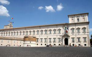 quirinale 300x185 - Papa Francesco incontra Mattarella: lavoro stabile e dignitoso è priorità del Paese