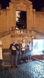 20171007 195017 e1507569563163 169x300 - Giovani. Processione mariana per il centro di Roma