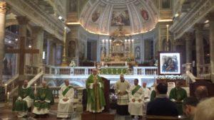 20171007 205432 300x169 - Giovani. Processione mariana per il centro di Roma
