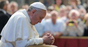 commemorazione defunti papa 300x162 - Commemorazione dei defunti, Papa Francesco al cimitero Laurentino