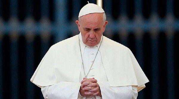 """fosse ardeatine papa - Messa per cardinali e vescovi defunti, Papa: """"La speranza non delude"""""""