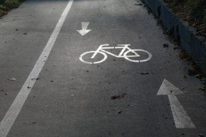 percorsi ciclabili 1 300x200 - Percorsi ciclabili Roma, al via i lavori su via Nomentana