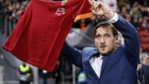 Totti Hall of Fame12 500x281 300x169 - Roma news, un altro passo nella storia in attesa del calciomercato