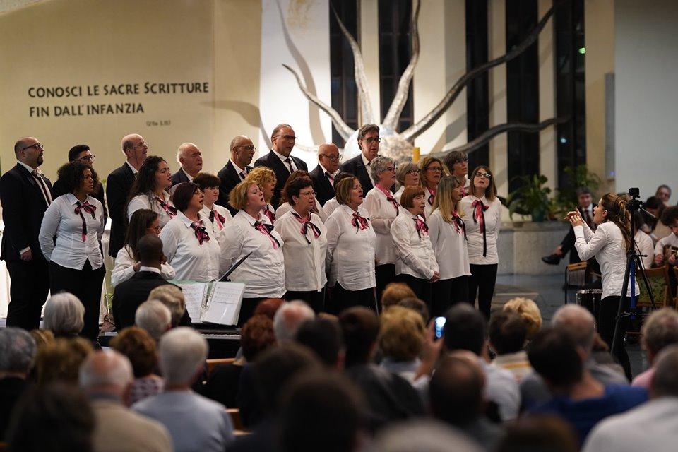 musica liturgica, coro parrocchiale, www.radiopiu.eu