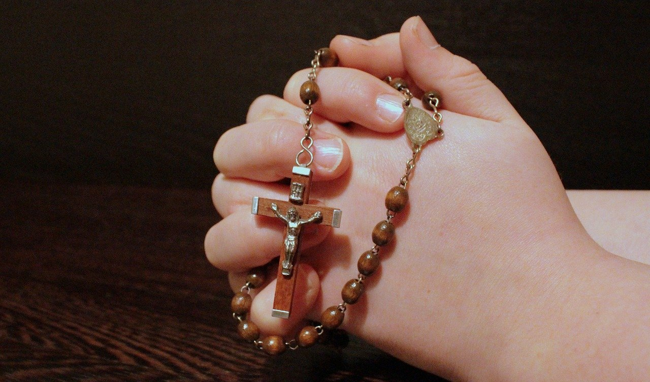 Recita del Santo Rosario - Radio Vaticana Italia